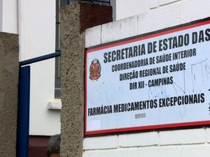 Farmácia de alto custo de Campinas está com falta de medicamentos (Foto: Reprodução/EPTV)