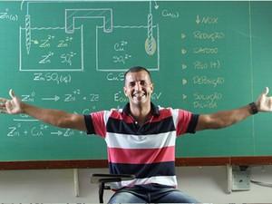 Silvio Predis, professor de química do Rio de Janeiro, ficou famoso por suas aulas com paródias de funk (Foto: Arquivo pessoal/Silvio Predis)