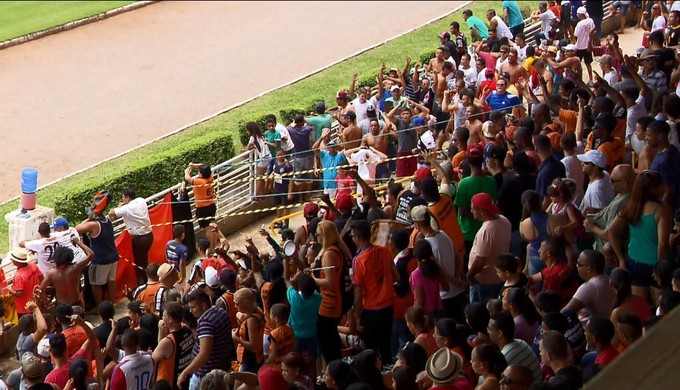 Público da final do Campeonato de Futebol Amador de Varginha (MG) superou média de pagantes do Boa Esporte na Série B (Foto: Reprodução EPTV)