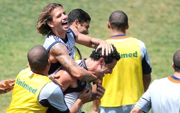 Diguinho e Fred no treino do Fluminense (Foto: Dhavid Normando / Photocamera)