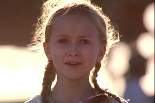 Skye McCole Bartusiak (1992-2014): Intérprete da filha de Mel Gibson em 'O Patriota', a atriz morreu de overdose em julho de 2014 graças ao consumo de vários medicamentos diferentes. (Foto: Divulgação)