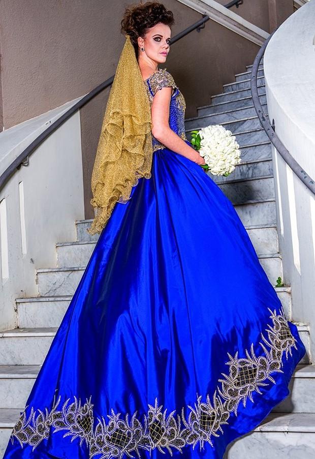 Vestido do estilista Edson Eddel (Foto: Raul Portugal / Divulgação)