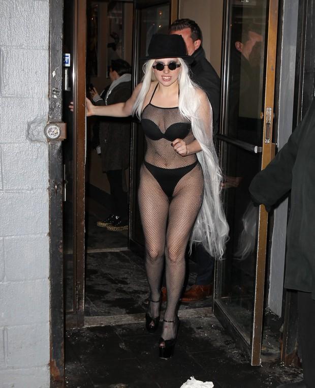 X17 - Lady Gaga em Nova York, nos Estados Unidos (Foto: X17online/ Agência)