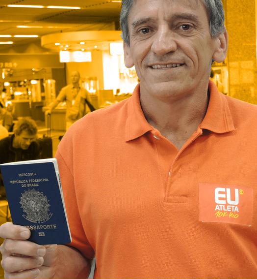 passaporte dourado (Carla Gomes)