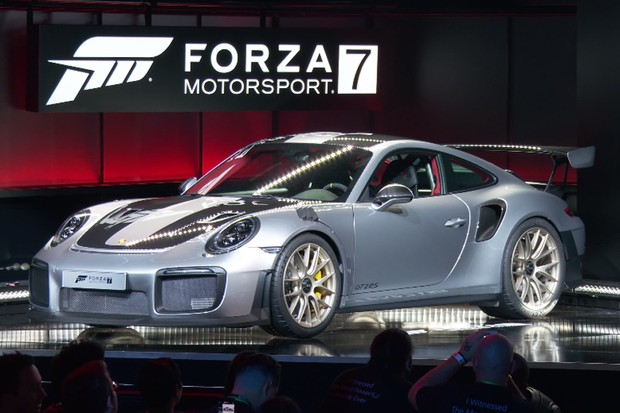 porsche 911 gt2 rs aparece como estrela do novo forza. Black Bedroom Furniture Sets. Home Design Ideas