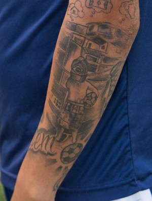 Paulista, Uniclinic, meia, tatuagem (Foto: Stephan Eilert)
