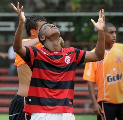 Chamada Carrossel Jóia 2014 Caio Rangel (Foto: Reprodução/Site Oficial do Flamengo)