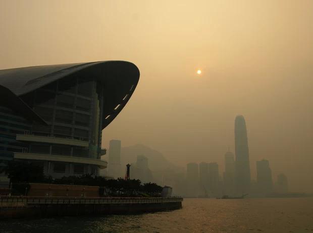 Poluição atmosférica em Hong Kong (Foto: Wikimedia Commons)