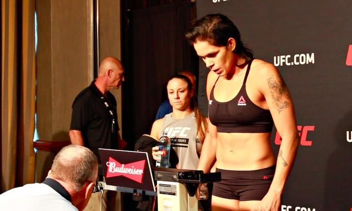 Amanda Nunes, pesagem UFC 213 (Foto: Adriano Albuquerque)