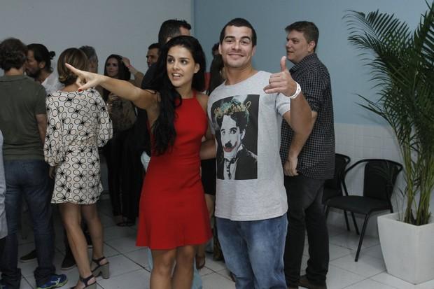 Thiago Martins e Paloma Bernardi (Foto: Alex Palarea / AgNews)
