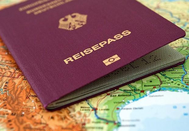 Passaporte alemão ; trabalho no exterior ;  (Foto: Reprodução/Facebook)