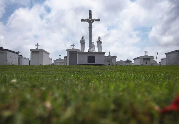 Cemitério nos Estados Unidos (Foto: Mario Tama/Getty Images)