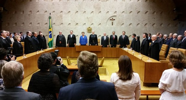 Plenário do STF durante execução do hino nacional na posse de Ricardo Lewandowski (Foto: Valter Campanato/Agência Brasil)