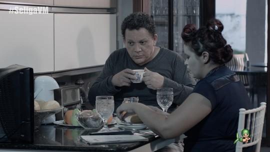 Assista ao episódio 'Cafezinho' do quadro Se Liga no Humor