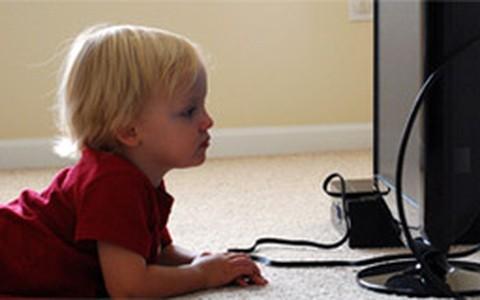 Mitos e verdades sobre a criança e a televisão