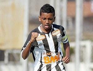 Rodrygo treina nas categorias de base do Santos (Foto: Arquivo Pessoal)