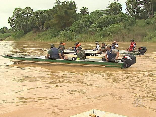 Pelotão ambiental prepara homens para possível cheia do Rio Acre (Foto: Reprodução/TV Acre)