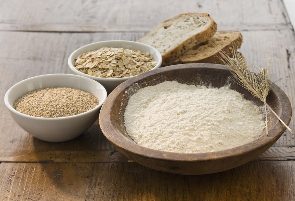 Aveia é ótima fonte de vitaminas e minerais, seja na forma de farelo, flocos ou farinha (Foto: Getty Images)