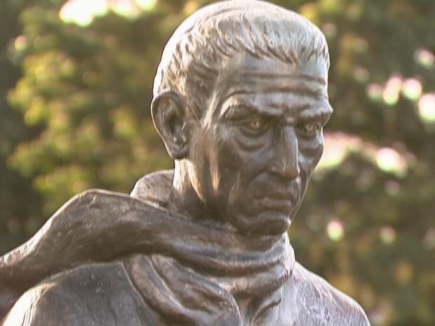 Padre José de Anchieta foi canonizado em abril deste ano (Foto: Reprodução / TV Tribuna)