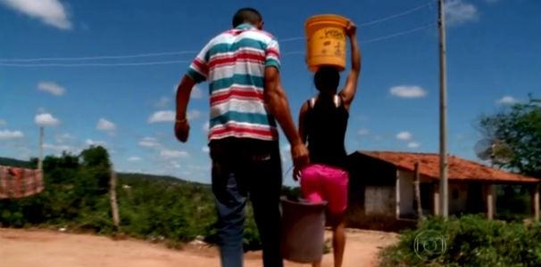 Moradores do sertão de Alagoas sofrem com a falta de cisterna (Foto: Reprodução/ Rede Globo)