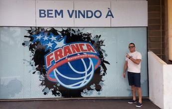 Torcedor viaja mais de 2 mil km para acompanhar primeiro jogo do Franca