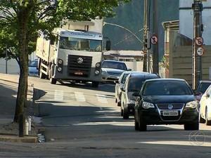 Rua Alto dos Passos Juiz de Fora (Foto: Reprodução/TV Integração)