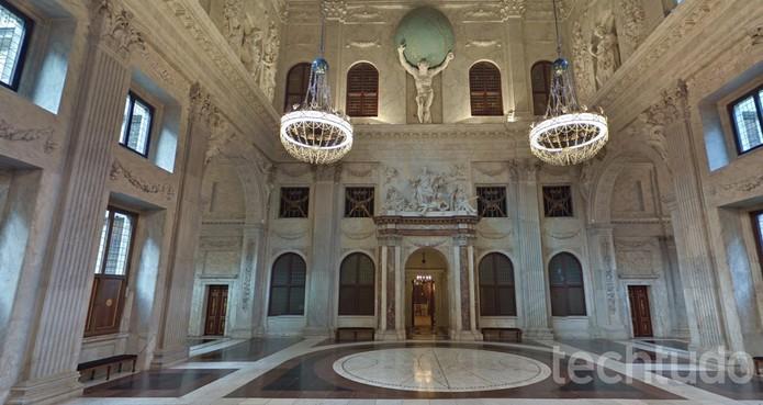 Palácio Real de Amsterdã no Google Street View (Foto: Reprodução/Barbara Mannara)
