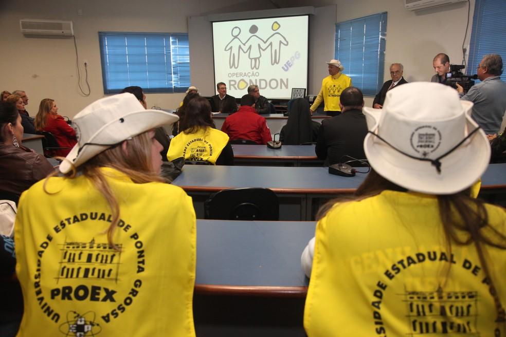 Alunos receberão instruções para participar do projeto (Foto: Divulgação/UEPG)