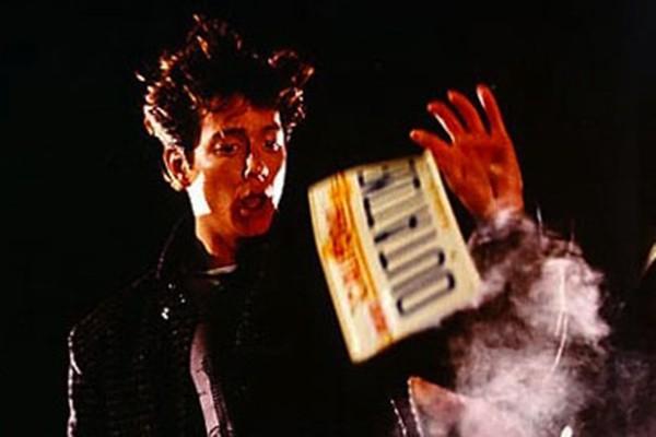 Eric Stoltz como Martin McFly nas primeiras gravações de 'De Volta para o Futuro' (1985) (Foto: Getty Images)