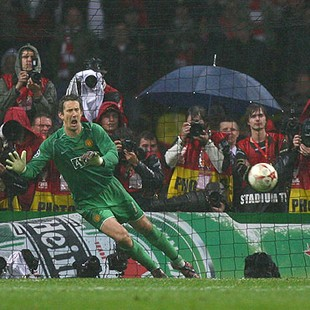 van der sar pênalti anelka final copa dos campeões (Foto: Getty Images)