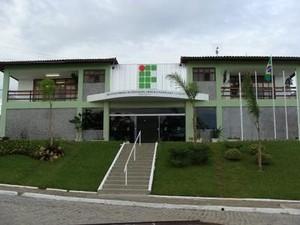 Instituto Federal Fluminense não vai abrir nesta quinta-feira (27) (Foto: Divulgação / IFF)