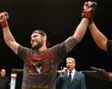 Ex-lutador do UFC participa de seminário internacional, em Santos