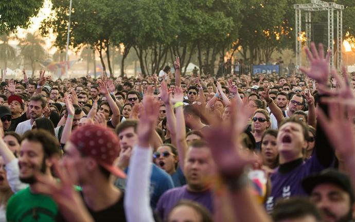 Público canta com o Cidade Negra no João Rock 2016 (Foto: Érico Andrade/Gshow)