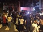 Grupo faz protesto em apoio aos PMs envolvidos na morte de menino