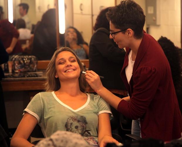 Fernanda Gentil se prepara para o Melhores do Ano (Foto: Artur Meninea/Gshow)