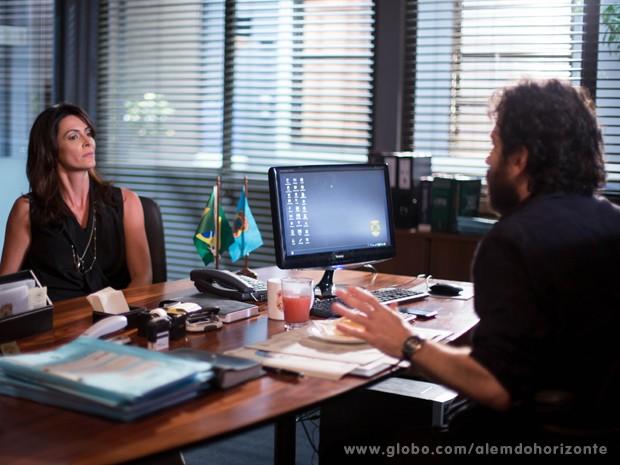 Olívia dá prazo para André sair de sua casa (Foto: Felipe Monteiro/TV Globo)