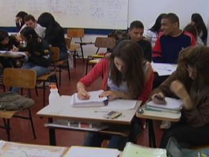 Avaliação do Ideb analisa ensino médio e fundamental no Brasil (Foto: Reprodução Globo News)