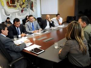 Gestores discutem segurança nas escolas públicas do Estado (Foto: CCOM)