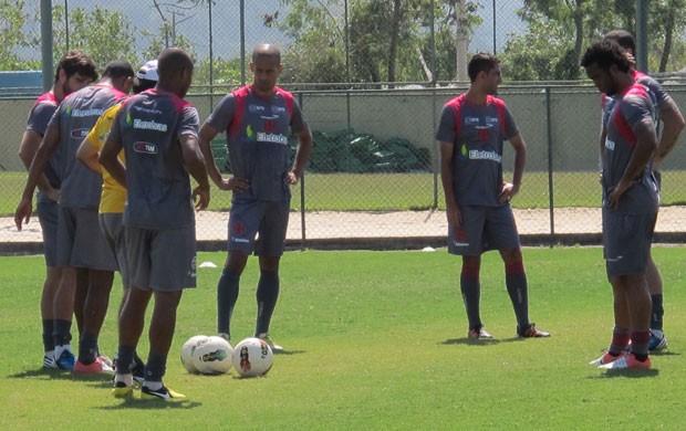treino Vasco (Foto: GLOBOESPORTE.COM)