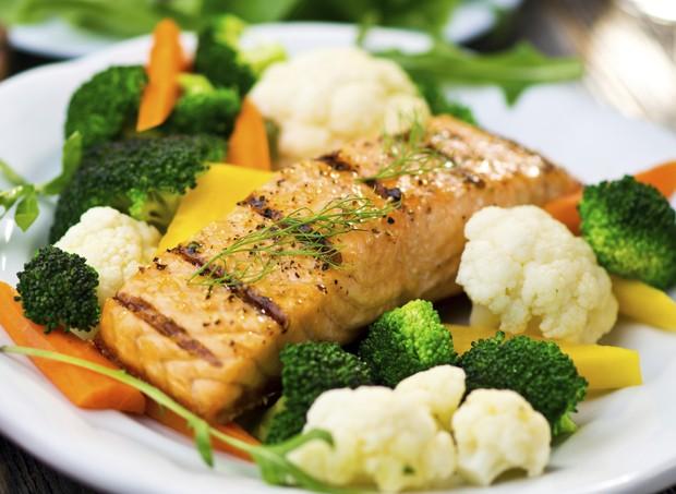 alimentacao; salmao; peixe (Foto: Thinkstock)