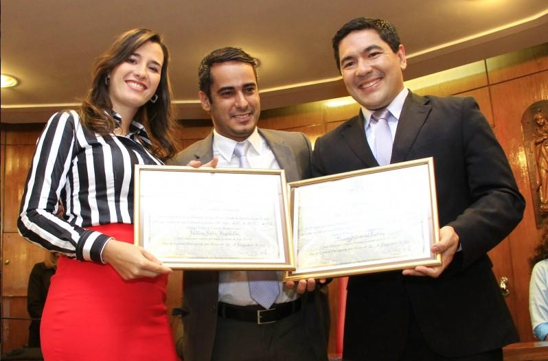 Propositura foi de autoria do vereador Helton Renê, ele justificou que os dois jornalistas exercem um trabalho de qualidade (Foto: Kleide Teixeira/Jornal da Paraíba)