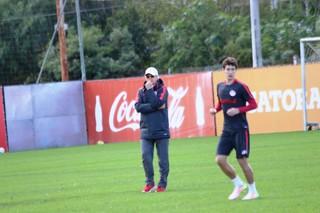 Falcão Rodrigo Dourado Inter (Foto: Tomás Hammes / GloboEsporte.com)