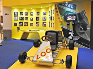Réplica de primeiro kart de Senna está na a mostra  (Foto: Adneison Severiano/G1 AM)