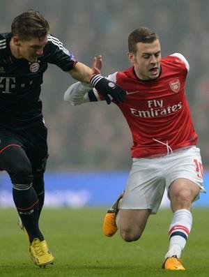 Bastian Schweinsteiger e Jack Wilshere, Arsenal x Bayern de Munique (Foto: AFP)