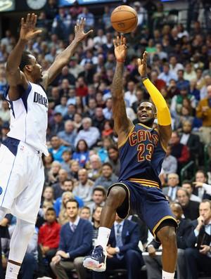 LeBron James Cleveland x Dallas NBA (Foto: Getty)