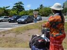 Casal pede ajuda em semáforos de Aracaju para viajar até o Mato Grosso