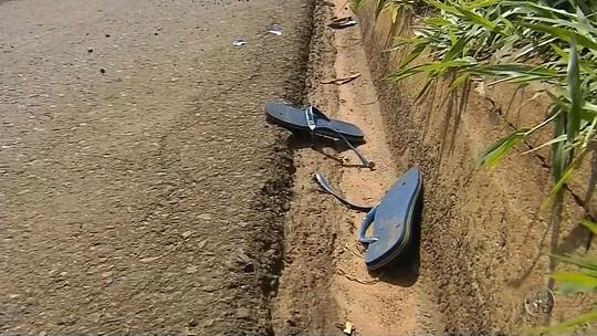 Pai e filho morrem atropelados em rodovia de São Manuel