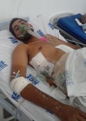Família diz que jovem sofreu maus-tratos no HGE (Foto: João Neto/ Arquivo Pessoal)