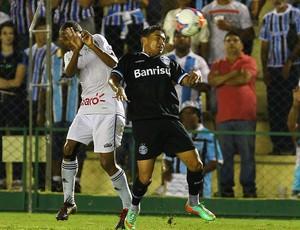 Dudu no jogo contra o Cruzeiro (Foto: Lucas Uebel/Divulgação, Grêmio)