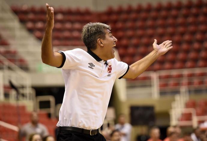 Vasco x Flamengo - NBB (Foto: André Durão)